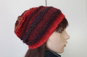 Weiche Farbverlaufsmütze in wunderschönen Farben für Frauen Strickmütze Mütze rot bunt Damen mehrfarbig   - Handarbeit kaufen
