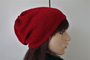 Beanie in burgund rot für Frauen aus 100% Merinowolle beidseitig tragbar neu weich Strickmütze handgestrickt Handarbeit uni schlicht Mütze Beanie, - Handarbeit kaufen