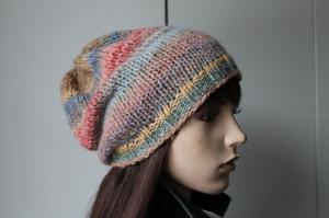 Strickmütze mit Farbverlaufswolle gestrickt für Frauen Mütze weich neu mehrfarbig bunt handmade handgestrickt pastell farbig - Handarbeit kaufen