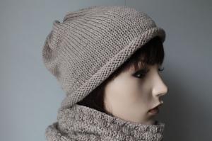 Set Mütze und Schal aus 100% Merinowolle in beige greige Wollmütze Wollschal Strickmütze Strickschal Rollrandmütze handgestrickt handmade neu Damen - Handarbeit kaufen
