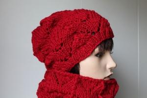 Set aus Mütze mit Schal aus reiner Wolle in rot für Damen Ajour gestrickt Strickmütze Strickschal Schal Merino Beanie warm  - Handarbeit kaufen