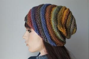 Strickmütze für Damen handmade Mütze senf blau rost lila bunt mehrfarbig handgestrickt swirl Schnecke Beanie weich warm gestreift Handarbeit  - Handarbeit kaufen