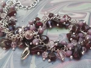 Armband mit Halbedelsteine,Glasperlen.Schmuckdesign.Perfekte Geschenk für einen besonderen Menschen!