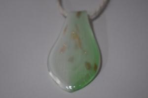 Halskette aus Muranoglas.Ketteanhänger aus Glas.Lampwork Murano  Schmuck..Perfekte Geschenk für einen besonderen Menschen!