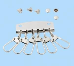 Mechanik für Schlüsselanhänger, 40mm breit mit  sechs Haken.Schlüsselanhänger mit Befestigungselementen. - Handarbeit kaufen