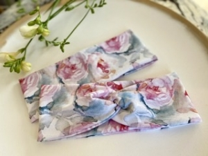 Haarband Rosen Wasserfarben Pink Grün French Terry Stoff Stirnband Elastisch mit oder ohne Knoten Alle Größen - Handarbeit kaufen