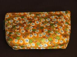 kleine Kosmetiktasche aus Baumwollstoff Orange mit Blumen - Handarbeit kaufen