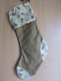 einfacher handgenähter Stiefel als Geschenkverpackung zur Weihnachtszeit  Engel  - Handarbeit kaufen
