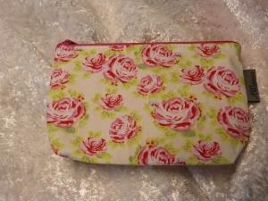 Kleine Kosmetiktasche aus Baumwollstoff rosa Rosen - Handarbeit kaufen
