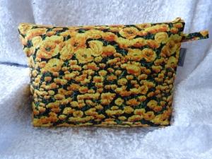 Kulturtasche Baumwollstoff  genäht - Klatschmohnwiese - gelbe Mohnblume