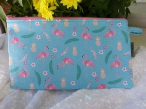 Schöne einfache Stiftetasche Baumwollstoff  hellblau mit Flamingo - Handarbeit kaufen