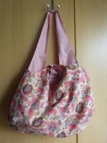 Einfache offene Umhängetasche als Wendetasche Baumwollstoff in pastell / rosa mit Blumenmuster - Handarbeit kaufen