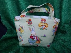 Ostertasche - kleine Einkaufstasche grün mit süßen Hasenmotiven - Handarbeit kaufen