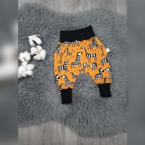 Newborn Pumphose / Mitwachshose / Babyhose Gr 56 - Jersey Zebras senf - Handarbeit kaufen