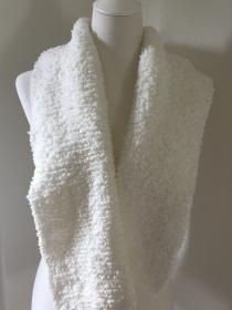 Winterschal, Schal sehr kuschelig weiß gestrickt