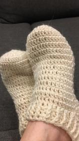 Bett - Socken, Fußwärmer aus Lanolin-Lamm-Wolle gehäkelt