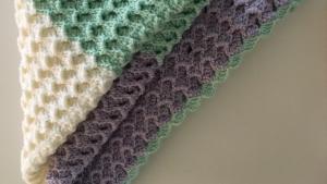 Decke, eine Babydecke zum Verlieben, gehäkelt - Handarbeit kaufen