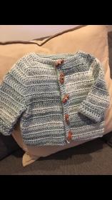 Baby-Strickjacke Größe 74 / 80 - Handarbeit kaufen