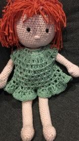 Puppe, Häkelpuppe mit Kleid waschbar bei 40 Grad - Handarbeit kaufen