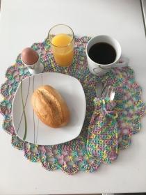Zweisamkeit in wunderschönen Frühlingstönen das Platz-Set für 2 Personen aus Baumwolle gehäkelt - Handarbeit kaufen