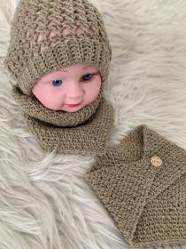 1 Babymütze mit 2  Halstüchern  in der Größe 2 - 3 Monate - Handarbeit kaufen