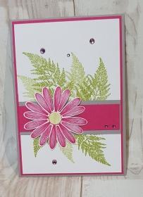 Schöne Grußkarte für besondere Anlässe aus Farbkarton gebastelt