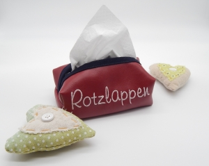 Taschentuchbox für daheim aus rotem Kunstleder (bestickbar)