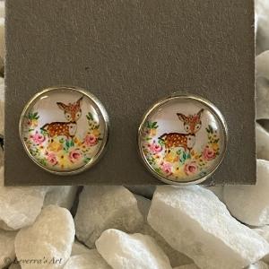 Cabochon Glas Ohrringe Ohrstecker 12mm,  Rentier bunt Design, Silberfarbenes Metall     - Handarbeit kaufen