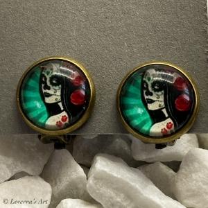Cabochon Glas Ohrringe Ohrclips Ohrklemmen 12mm, Totenkopf Frau Halloween Design, Bronzefarbenes Metall    - Handarbeit kaufen