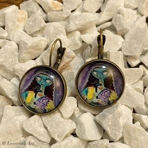 Cabochon Glas Ohrringe Ohrhänger 18mm, Totenkopf Frau Halloween Design, Bronzefarbenes Metall          - Handarbeit kaufen
