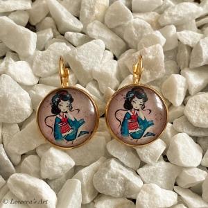 Cabochon Glas Ohrringe Ohrhänger 18mm,  Japanische Frau Design, bunt, Goldfarbenes Metall        - Handarbeit kaufen