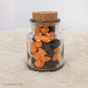 Origami Papier Sterne im Glas (S) mit Korken, handgemacht, Perfektes Geschenk, Tolle Dekoration, Orange Schwarz  - Handarbeit kaufen