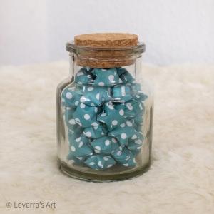 Origami Papier Sterne im Glas (S) mit Korken, handgemacht, Perfektes Geschenk, Tolle Dekoration, Gepunktetes Muster, Blau - Handarbeit kaufen