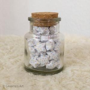 Origami Papier Sterne im Glas (S) mit Korken, handgemacht, Perfektes Geschenk, Tolle Dekoration, Streusel Muster  - Handarbeit kaufen