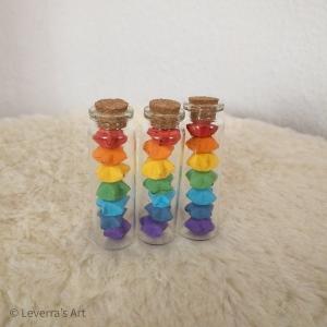 Origami Papier Sterne im Reagenzglas mit Korken im 3er Set, handgemacht, Perfektes Geschenk für Freunde, Tolle Dekoration, Regenbogen