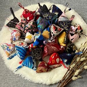 3er Set Lavendel Duftsäckchen mit Japanischem Design - Zufällige Auswahl - Handarbeit kaufen