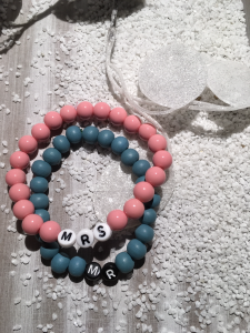 Handgemachte perlenarmbänder mrs & mr