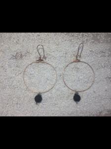 Handgemachte Perlen Creolen aus nickelfreiem Messing