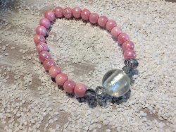 Handgemachtes Perlenarmband