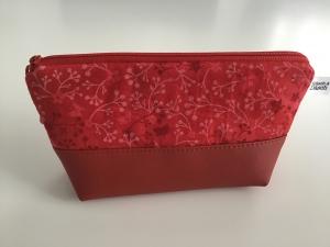 Schminktäschchen  Herzenswärme -  praktisch für die Handtasche. Aus Kunstleder und Stoff genäht. Jetzt kaufen! - Handarbeit kaufen