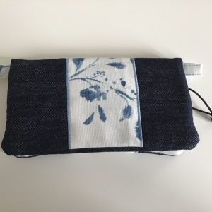 Minihandtasche für Handy, Geld und Schlüssel für größere Smartphones XXL aus robustem Jeansstoff - Handarbeit kaufen
