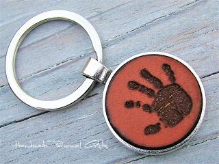 Ein schöner Handabdruck, Schlüsselanhänger, Fußabdruck, Symbol, Erinnerungskeychain, Hundetatze - Handarbeit kaufen
