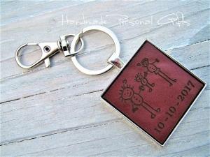 Eine Zeichnung Ihres Kindes,Schlüsselanhänger personalisiert,Geschenk für Vater und Mutter,individualisierbar, Fußabdruck,Kinderzeichnung (Kopie id: 100136736) (Kopie id: 100136741 - Handarbeit kaufen