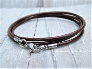 Wickelarmband, Lederarmband, braunes Armband, einfaches Armband, Armband von Leder, schlichtes Armband, einzigartiges Geschenk