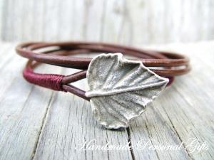 Armband Leder , wrap, Braun, Blatt, Blättern, Herbst, Leder Wickelarmband, benützerdefiniert - Handarbeit kaufen