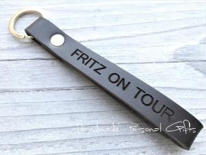 Schlüsselanhänger aus Leder, Vollständig anpassbar, Ride safe, fahre vorsichtig, Baby on tour, Koordinaten, Namen oder kleinen Text, benützerdefiniert  - Handarbeit kaufen