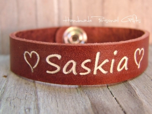 Namensarmband, Lederarmband, Armband mit Text, mit Namen,Telefonnummer, Geburtstagsgeschenk, ich liebe dich, infinity, Herz - Handarbeit kaufen