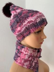 Handgestrickte rosa Mütze mit Schalkragen für Mädchen - Handarbeit kaufen
