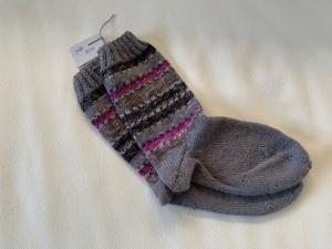 Gestrickte Socken für Mädchen Größe 32/33 - Handarbeit kaufen
