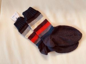 Gestrickte Socken für Mädchen/Frauen Größe 38 - Handarbeit kaufen